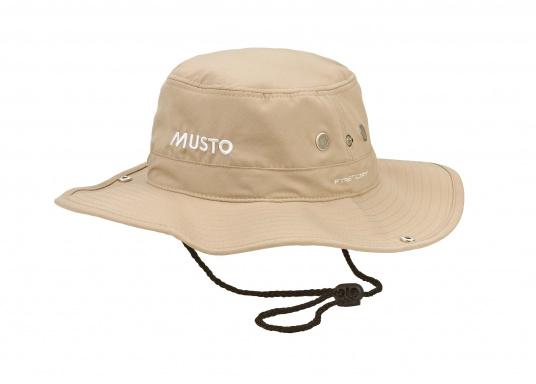 Il cappello perfetto per le giornate di sole a bordo! Questo cappello affascina per la sua buona vestibilità, può essere piegato sui lati e protegge anche il collo dall'insolazione.  (Immagine 1 di 2)