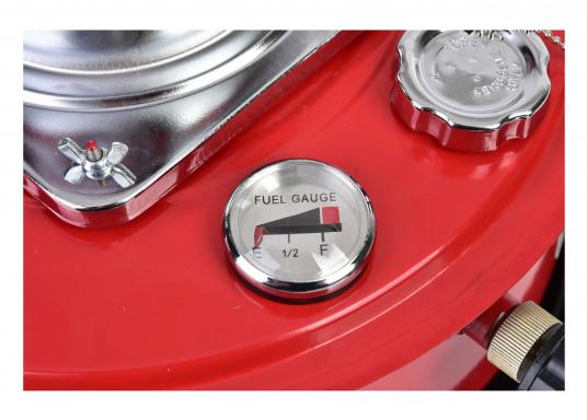La stufa a cherosene provvede a rendere l'ambientecaldo ed accogliente.Dotata di un serbatoio di circa 5litri di carburante per un tempo di funzionamento di circa 17 ore.  (Immagine 6 di 16)