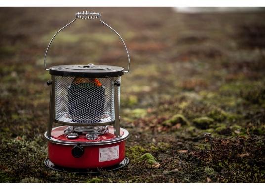 La stufa a cherosene provvede a rendere l'ambientecaldo ed accogliente.Dotata di un serbatoio di circa 5litri di carburante per un tempo di funzionamento di circa 17 ore.  (Immagine 10 di 16)