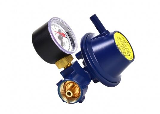 Regolatore di pressione adatto per il collegamento a bombole di gas fino a 14 kg. Portata: 0,8 kg / h. Fornito di manometro.  (Immagine 2 di 3)