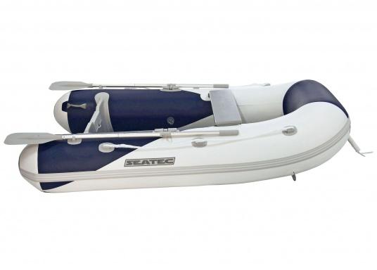 Il gommone YACHTING 250 prodotto da SEATEC non solo è adatto come tender per piccole imbarcazioni ma è anche particolarmente indicato per escursioni in mare e battute di pesca.  (Immagine 2 di 7)
