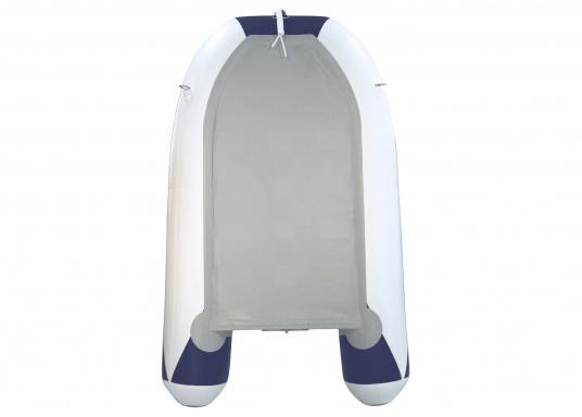 Il gommone YACHTING 250 prodotto da SEATEC non solo è adatto come tender per piccole imbarcazioni ma è anche particolarmente indicato per escursioni in mare e battute di pesca.  (Immagine 3 di 7)