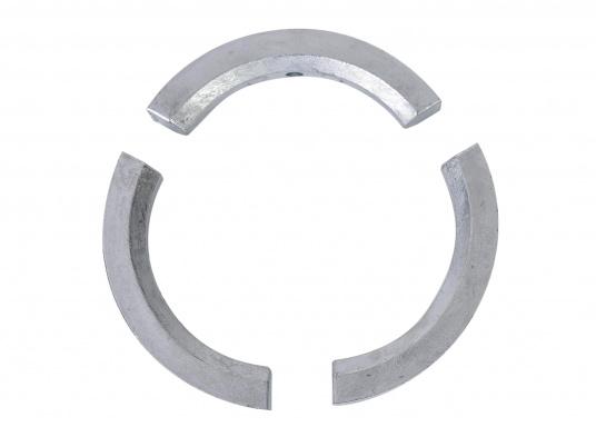 Anodo per elica per eliche Volvo Penta 2 e 3 pale, tre parti. Disponibile in zinco, alluminio o magnesio. Codice originale Volvo Penta: 3858399. (Immagine 2 di 3)