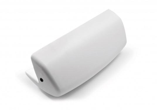MATCH 60 è il primo e universale parabordo di poppa, realizzato in schiuma di poliuretano integrale morbido per proteggere la poppa della barche, garantendo il massimo assorbimento agli urti più violenti. (Immagine 4 di 7)