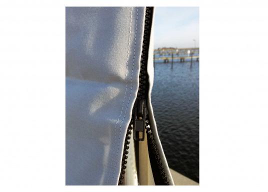 Copri randa molto resistente alle condizioni atmosferiche avverse, fatto di materiale resistenteai raggi UV etraspirante. Disponibile in diverse misure.  (Immagine 2 di 3)