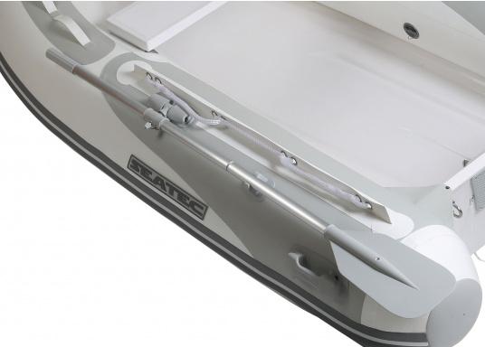 Il nuovo gommone a chiglia rigida PRO TENDER 220, prodotto da SEATEC, è ideale come tender d'appoggio per imbarcazione ma anche per escursioni e battute di pesca.  (Immagine 4 di 6)