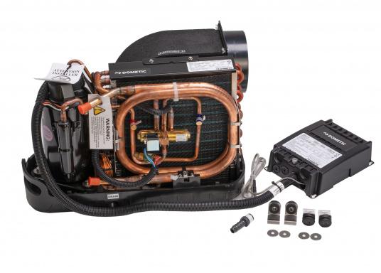 Sistema di climatizzazione compatto per l'autoinstallazione. Fornito con un rivestimento insonorizzante per la riduzione del rumore e un pannello di controllo delle cabine Smart Touch. (Immagine 2 di 6)