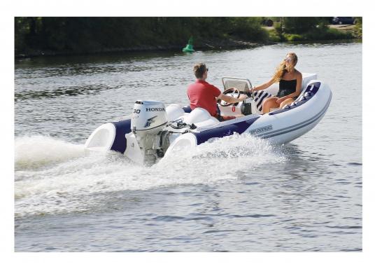 Prestazioni, sicurezza e comfort: il SEATEC GT SPORT 410 è il prodotto per tutti gli amanti degli sport acquatici. Sia che si tratta di pesca, sci nautico, escursioni o immersioni - il GT SPORT 410 offre prestazioni migliori! (Immagine 3 di 5)