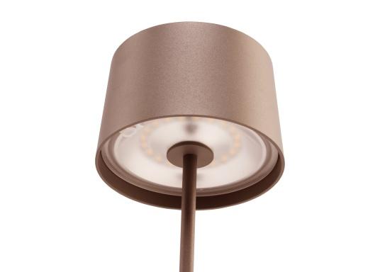 La lampada da tavolo a LED di alta qualità OLIVIA ha una batteria ricaricabile integrata e colpisce per il suo design elegante e l'elevata funzionalità. Trova il suo posto ovunque sia come lampada decorativa che come illuminazione da tavolo e crea un ambiente accogliente. (Immagine 3 di 7)