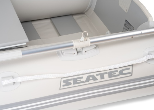 Gommone di alta qualità MARLIN modello NEMO 200 per principianti con un design chic, buone caratteristiche di guida e un imbattibile rapporto qualità-prezzo. Ideale per l'uso come tender, canotto per il tempo libero o barca da bagno. (Immagine 6 di 8)