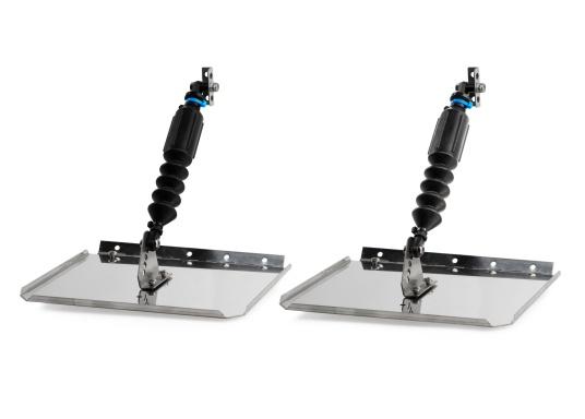 I correttori di assetto SMART TABS sono un sistema di stabilizzazione unico nel suo genere perché si adattano automaticamente alle condizioni dell'acqua, alla velocità dell'imbarcazione e al bilanciamento dei pesi a bordo. (Immagine 1 di 3)