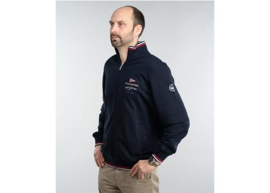 Confortevole, sportiva, elegante: la morbida giacca felpata da uomo HARRISON di marinepool si caratterizza per il suo materiale particolarmente comodo. (Immagine 2 di 11)