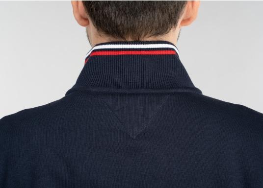 Confortevole, sportiva, elegante: la morbida giacca felpata da uomo HARRISON di marinepool si caratterizza per il suo materiale particolarmente comodo. (Immagine 11 di 11)