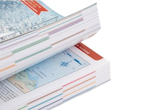 Il ReedsNautical Almanac comprende tutte le informazioni per navigare in sicurezza lungo la costa atlantica europea, da Skagen in Danimarca fino a Gibilterra. Lingua inglese. (Immagine 4 di 11)